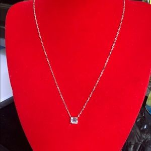 Jewelry - Silver diamond necklace